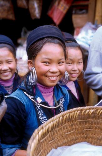 Hmong girls (Vietnam)