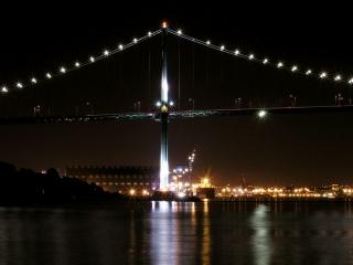 Lionsgate Bridge